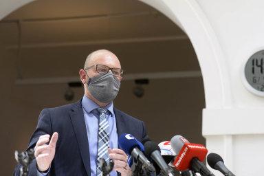 """""""Já věřím ve 12. duben, samozřejmě klíčové je rozhodnutí ministerstva zdravotnictví,"""" uvedl Plaga. Ministr zdravotnictví Jan Blatný (za ANO) označil v pátek tento termín za nejbližší možný."""