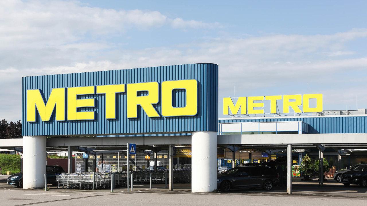 Společnost EP Global Commcerce třetího nejbohatšího Čecha Daniela Křetínského aslovenského miliardáře Patrika Tkáče chce opět ovládnout německý řetězec velkoobchodů Metro.