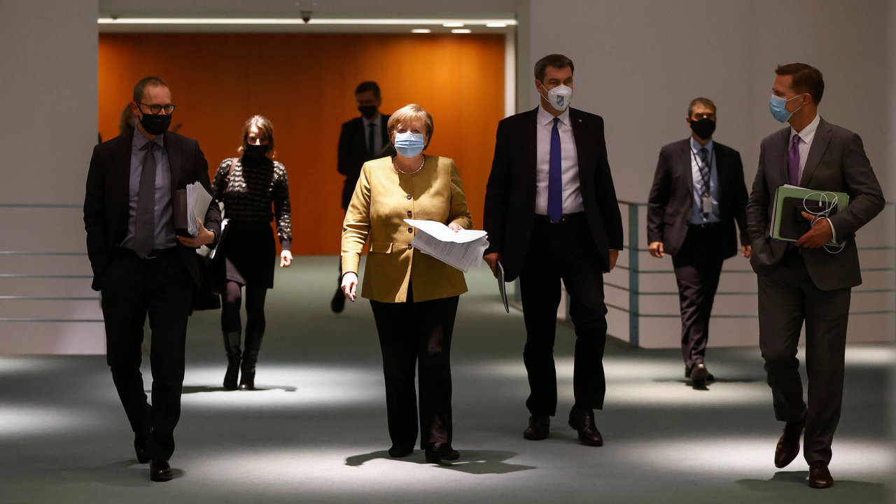 Vysoká laťka. Ikdyž je jinak oblíbená Angela Merkelová kritizována ivevlastní straně, najít jejího nástupce nebude pro CDU snadné.