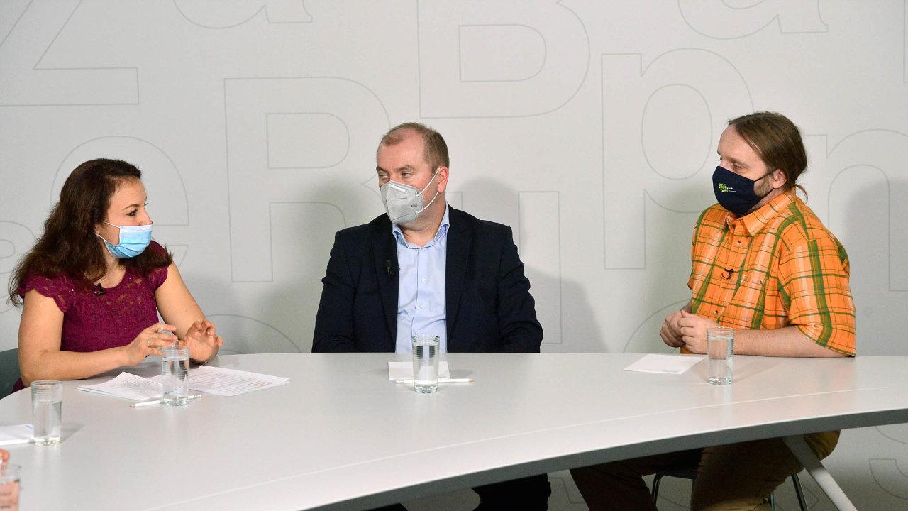 O reformě psychiatrické péče hovořil v diskusi Hospodářských novin Petr Winkler, Dita Protopopová, Martin Anders a Břetislav Košťál. Debatu moderovala Zuzana Keményová, redaktorka Hospodářských novin.