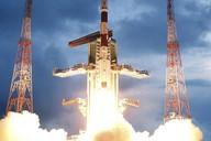 Start indické sondy Čandrájan-1 k Měsíci.