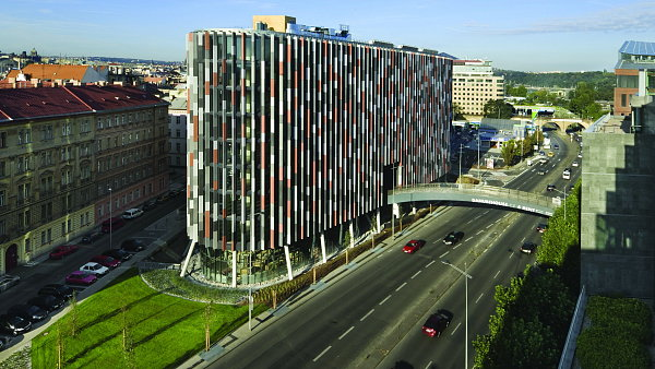 Nov� administrativn� centra: 1. m�sto Main Point Karlin, Praha 8, PSJ INVEST