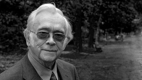JOSEF ŠKVORECKÝ (1924 - 2012)