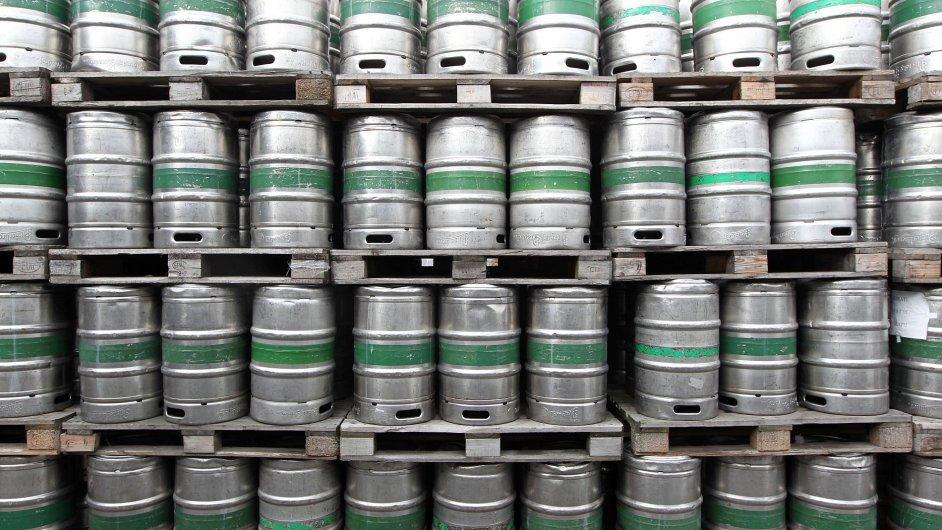 Pivní sudy - ilustrační foto