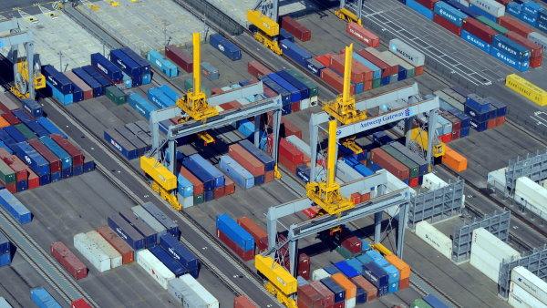 Antverpský přístav je nyní na Česko napojený pomocí přímé železniční linky