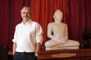 Buddhisté v byznysu: Vydělávání peněz nepřekáží učení, že k věcem je lepší se nepřipoutávat
