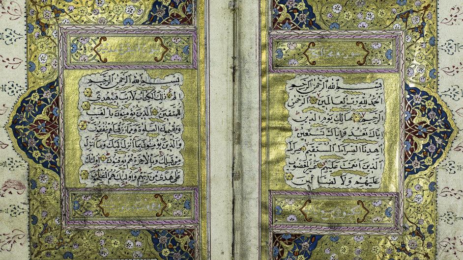Tento korán původem z Turecka je vázaný v kůži a zdobné kresby jsou vyvedené inkoustem a zlatem.