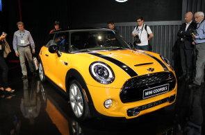To nejlepší z autosalonu v Los Angeles: Bodovala evropská auta pro bohaté