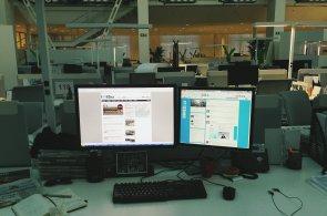 Pracovní stoly podruhé: Po profi snímcích úspěšných mobilní fotky