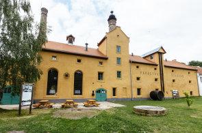 Pivovar v Lobči vzkřísili architekti z Prahy. Slaví 500 let, přesto je nejmladším v Česku