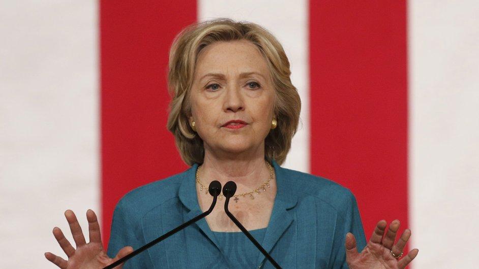 Demokratická kandidátka na prezidentku Hillary Clintonová zahájila kampaň rodinným spotem.