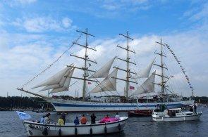 Do Amsterdamu se sjely des�tky lod�. N�mo�n� slavnost Sail l�k� miliony div�k�