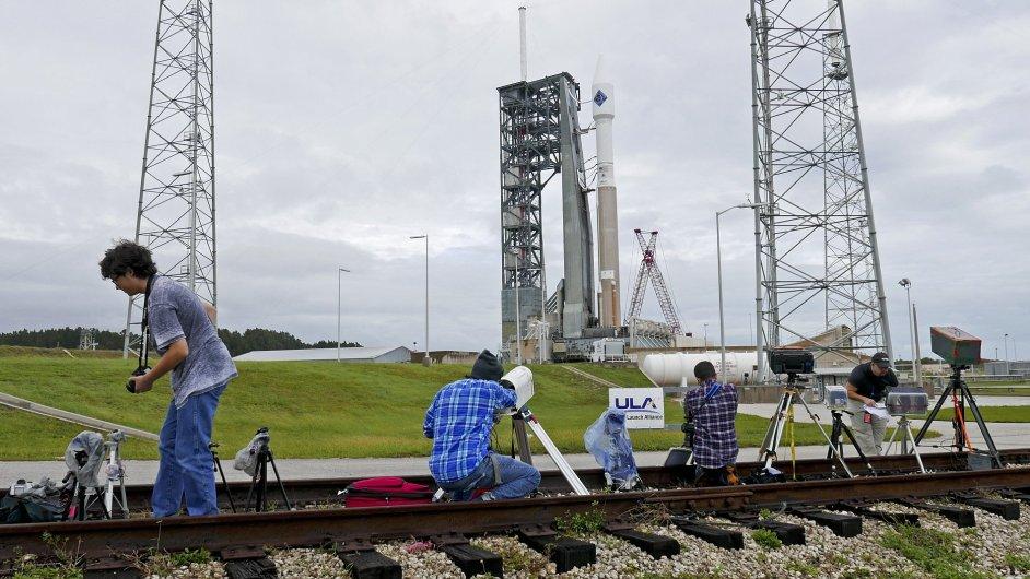Čekání na start zásobovací rakety pro stanici ISS.