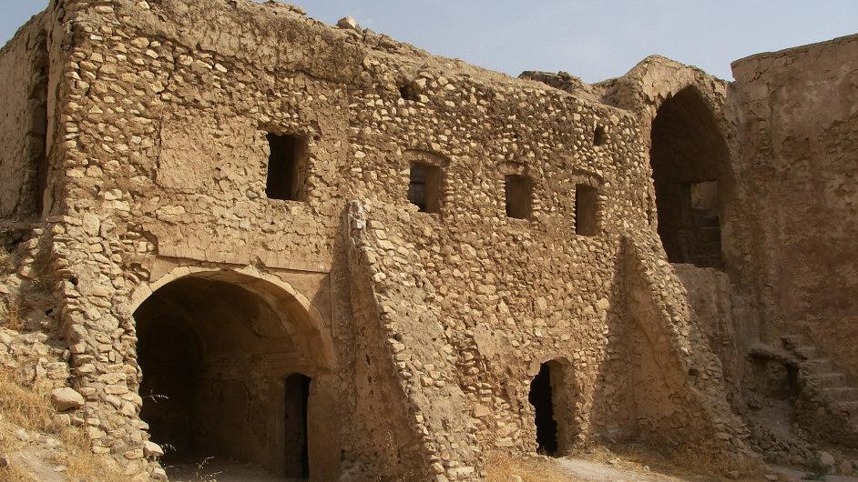 Islamisté zničili nejstarší křesťanský klášter v Iráku.