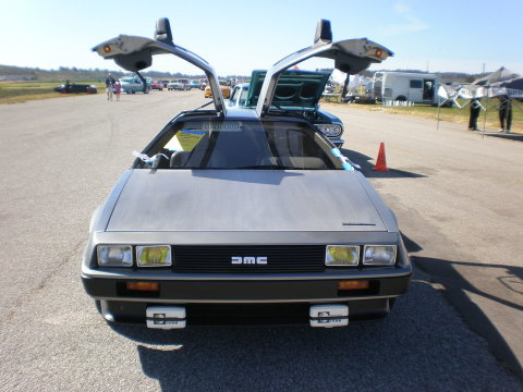 1982 DeLorean DMC 12