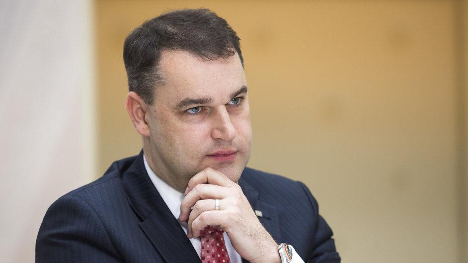 Viceguvernér ČNB Mojmír Hampl.