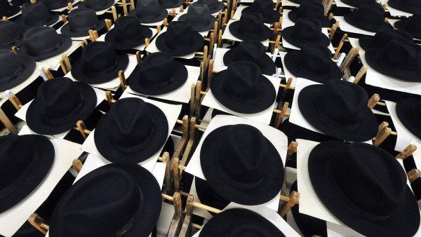 Tonak pat�� mezi nejv�t�� v�robce klobouk� v Evrop�.