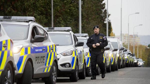 Policisté mají nyní větší volnost pronásledovat podezřelé i za hranice - Ilustrační foto.