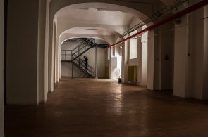 Karlova univerzita proměnila chátrající objekt v komunitní prostor. Pořádá tam Týden diverzity