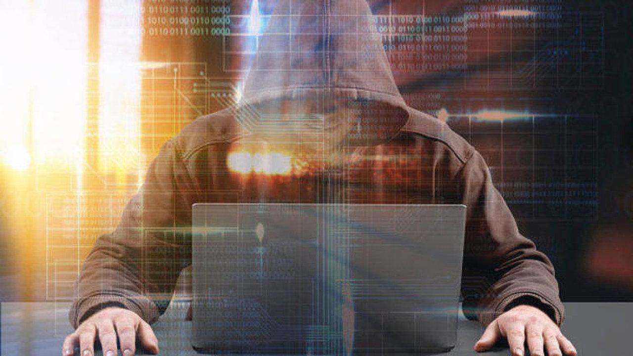 Nabourali se na váš Facebook hackeři? Chyba v kódu ohrozila 50 milionů účtů