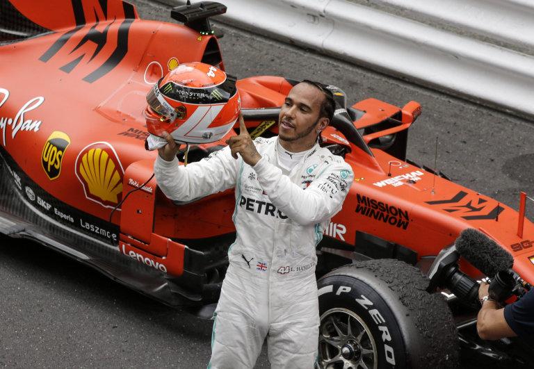 Velkou cenu Monaka formule 1 vyhrál mistr světa Lewis Hamilton z Mercedesu.