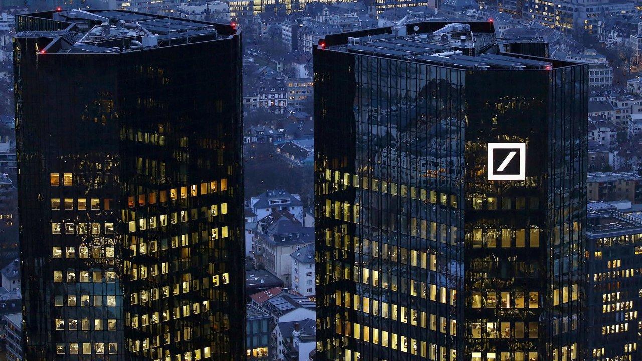 Deutsche Bank neuvedla, jakých oblastí se škrty pracovních míst budou týkat, nicméně podle Reuters se očekává, že nejvíce zasáhnou Evropu a Spojené státy.