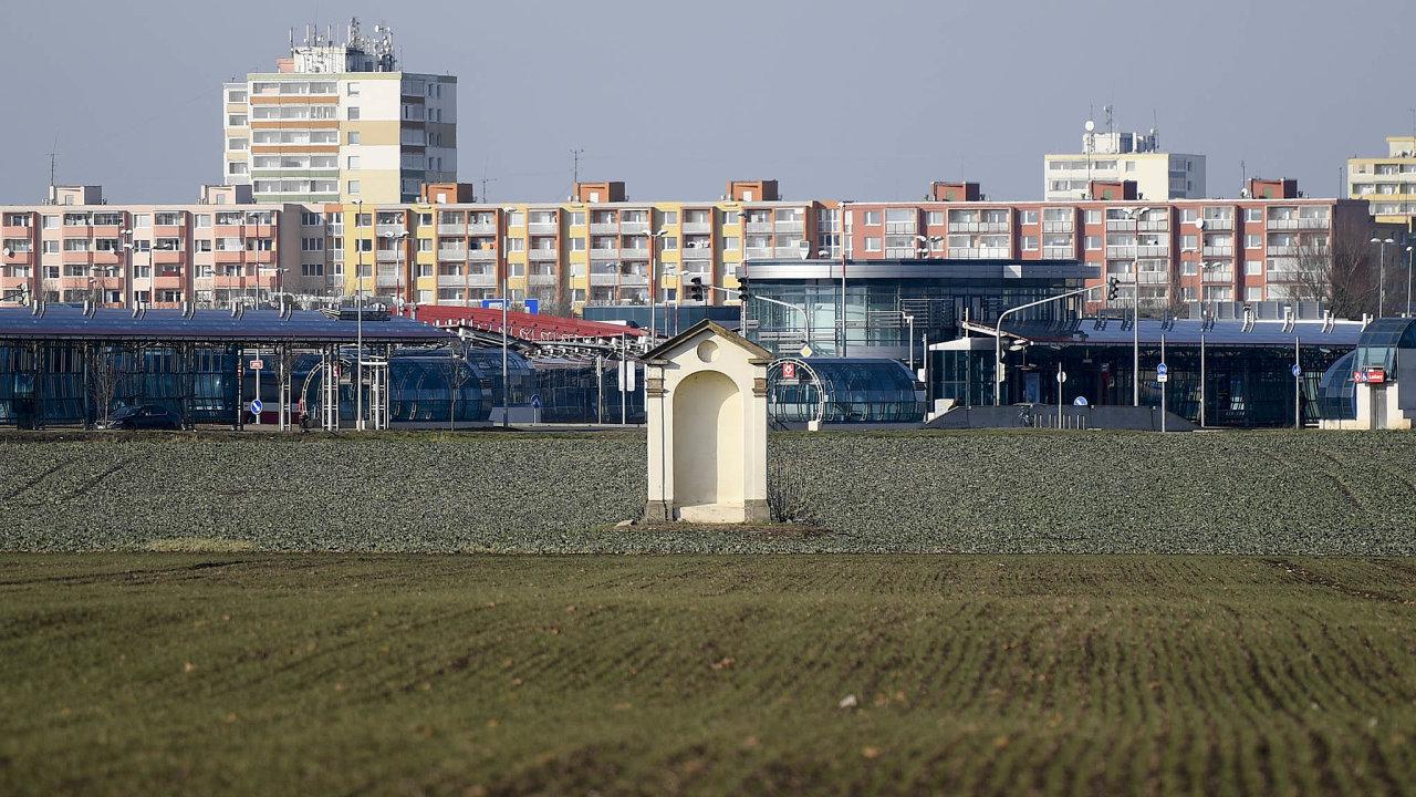 Náklady navýstavbu úřednické čtvrti v Praze-Letňanech jsou odhadované minimálně na10 miliard korun.