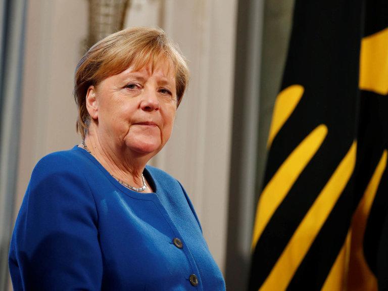 Zase jsme vplusu: Přestože německá ekonomika loni výrazně zpomalila, mohla kancléřka Angela Merkelová oznámit, že země skončila vevýrazném přebytku.