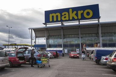 Metro vČeské republice provozuje velkoobchody Makro ajeho největším akcionářem je skupina EP Global Commerce českého miliardáře Daniela Křetínského aslovenského investora Patrika Tkáče.