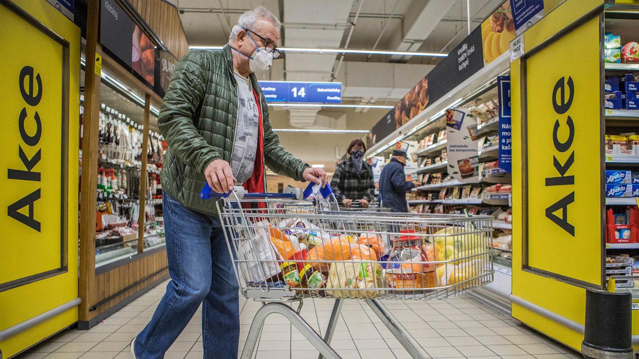 Poslanci chtějí diskutovat o výši minimálního podílu českých potravin v obchodech,  podle odborníků je však jakýkoliv závazný podíl českých potravin v rozporu s evropským právem - Ilustrační foto.