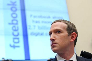 """""""Stojím si zatím, že by Facebook neměl posuzovat, jestli je pravda všechno, co lidé nainternetu říkají,"""" řekl minulý týden Mark Zuckerberg vrozhovoru pro konzervativní TV Fox News."""