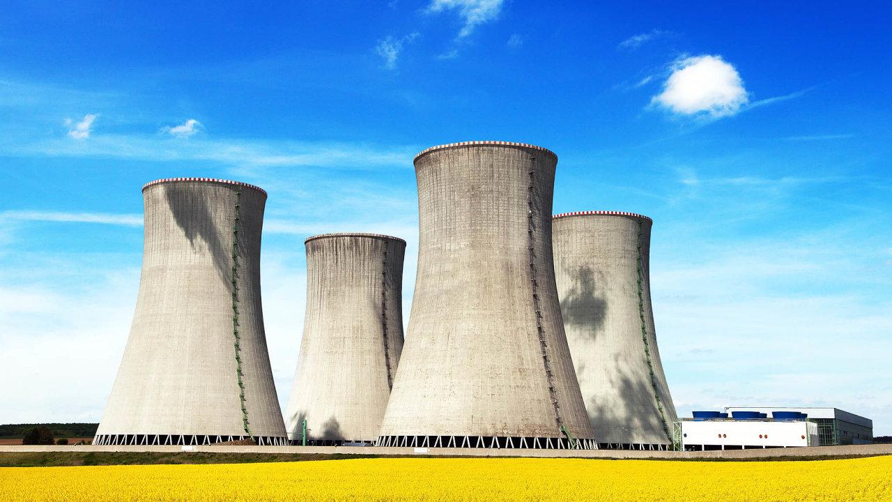 Pátý reaktor: Stávající bloky vDukovanech mají skončit vletech 2035 až 2037, ČEZ chce jejich životnost ještě prodloužit. Doplnit anásledně nahradit je má nový reaktor.