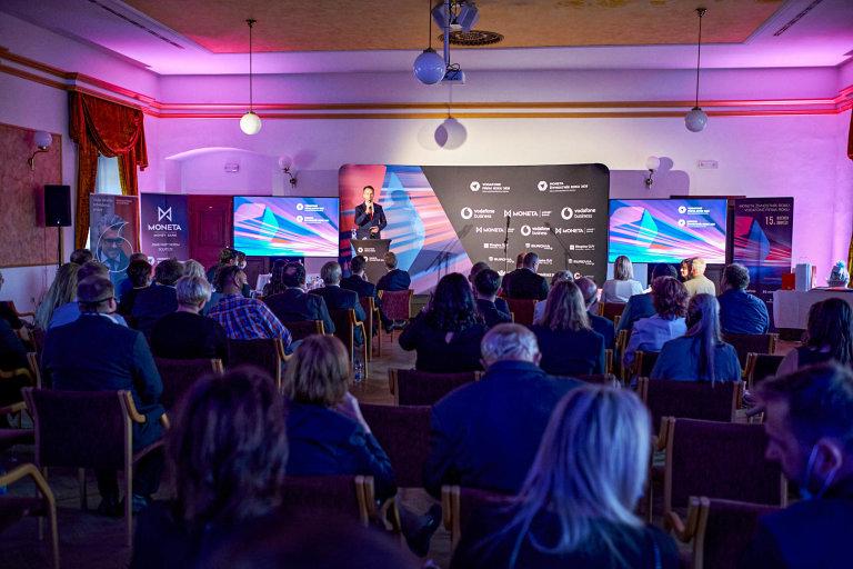 Vyhlašování Vodafone Firma roku 2020 aMONETA Živnostník roku 2020, Královéhradecký kraj