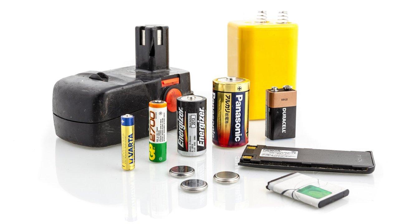 Každý den se v Evropě do oběhu dostane zhruba 13,3 milionů baterií, ročně pak 3,33 miliard. Přibližně tři čtvrtiny z nich jsou předány na recyklaci (ilustrační snímek).