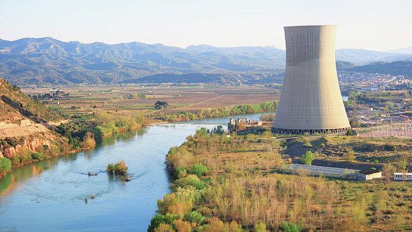Španělská řeka Ebro slouží jako zásobárna vody pro jaderné elektrárny