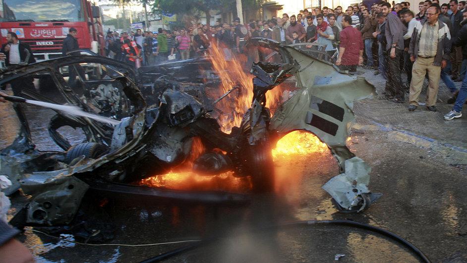 Auto zabitého šéfa vojenského křídla Hamasu