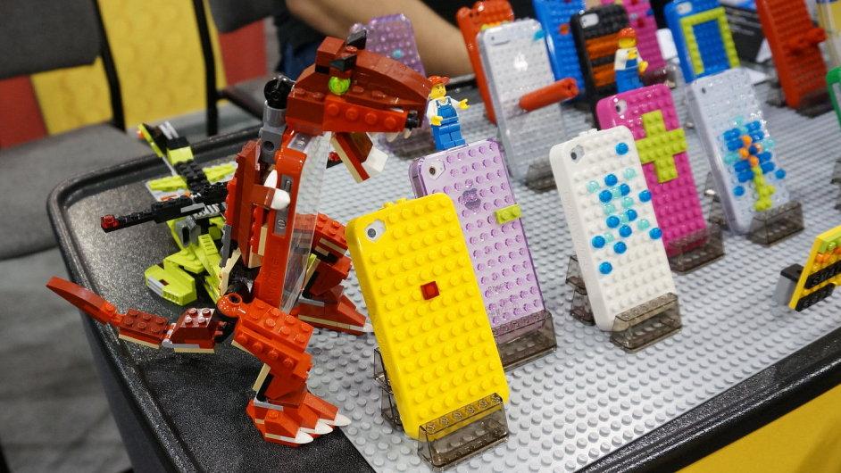 SmallWorks BrickCase