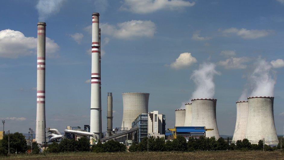 V Počeradech postavil ČEZ za 17 miliardy nový plynový zdroj. Ten ani více než po roce ještě nespustil.