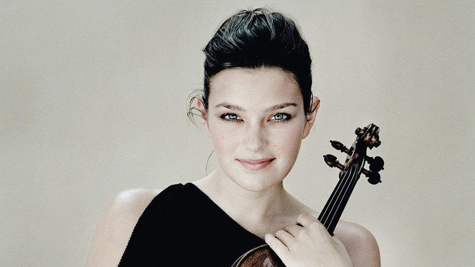 Nyní na Pražském jaru provede Janine Jansen Prokofjevův Houslový koncert g moll.