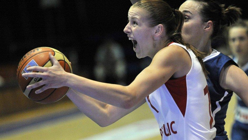 Basketbalistka Kateřina Elhotová