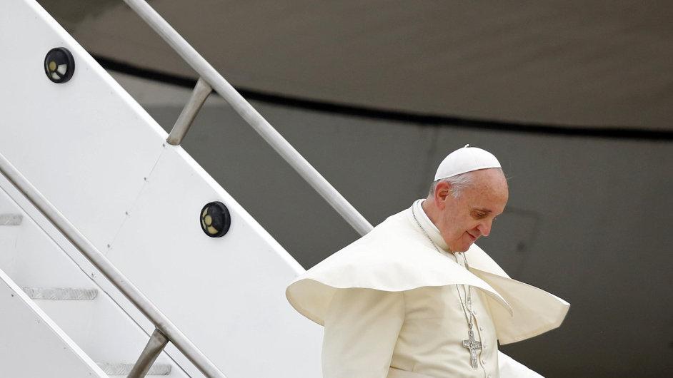Papež František je vůči gayům smířlivý.