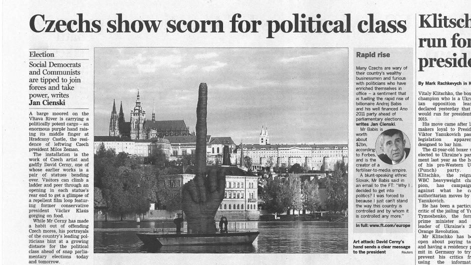 Financial Times píší o vztyčeném prostředníčku Davida Černého.