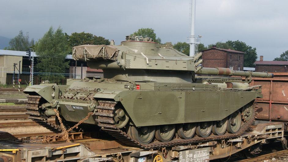 DB Schenker přepravoval ze Švýcarska do ČR legendární tank Centurion