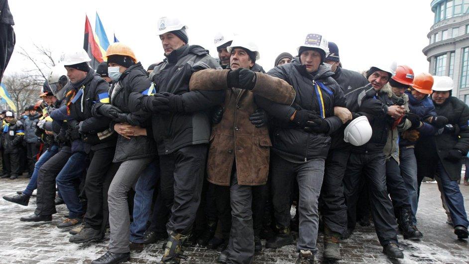 Nedělní proevropská demonstrace v centru Kyjeva