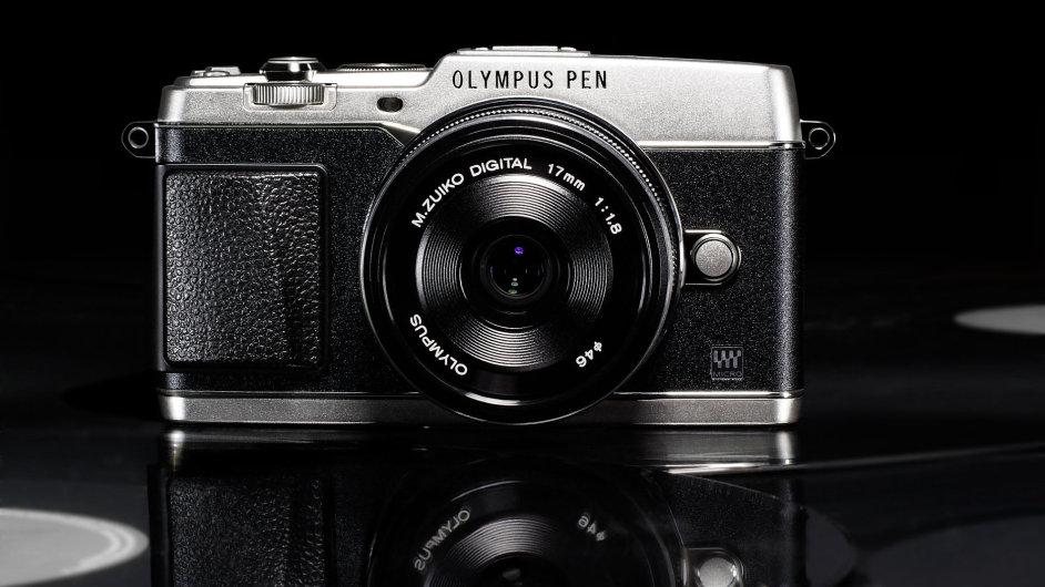 PEN E-P5 stříbrný