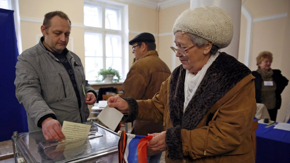 Krymští občané volí budoucnost.