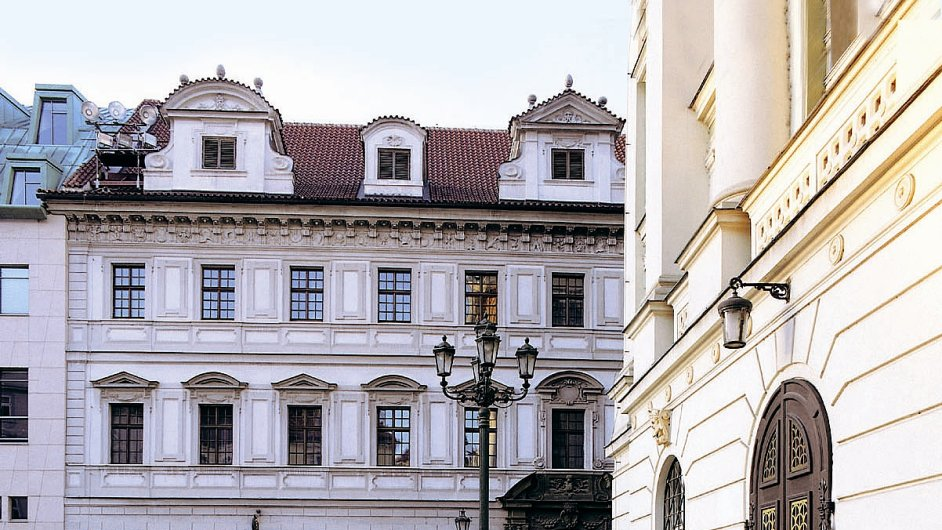 Národní divadlo opouští budovu Divadla Kolowrat.