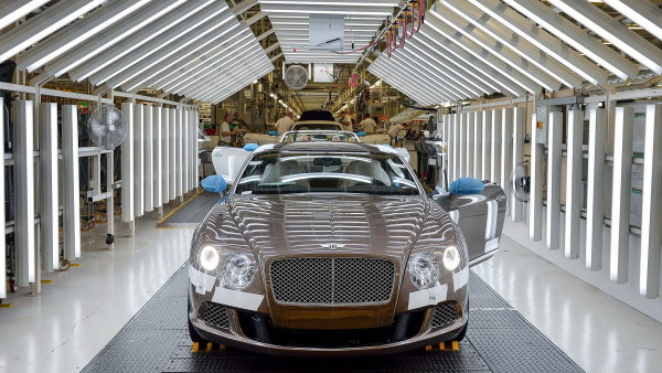Bratislavsk� montovna Volkswagen bude vyr�b�t auta zna�ky Bentley