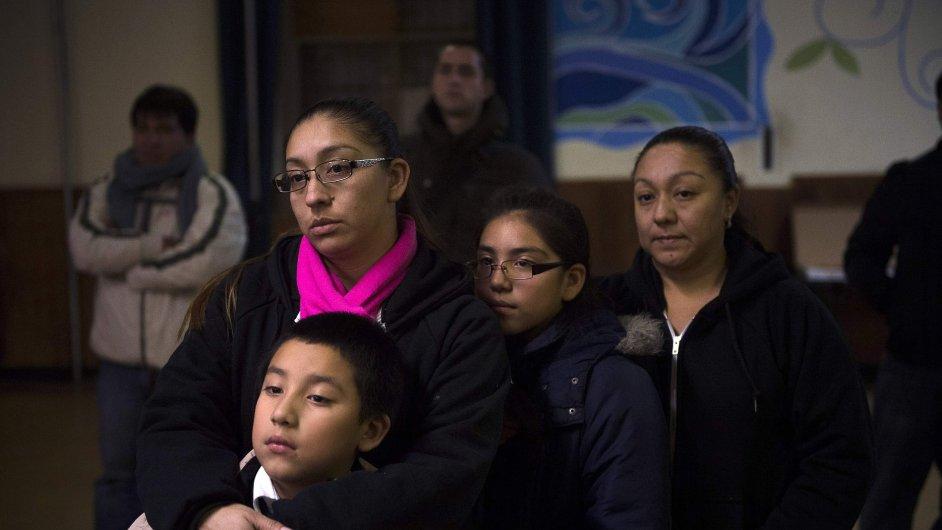 Svitla jim naděje? Obamova reforma uchrání před deportací až 5 milionů imigrantů.