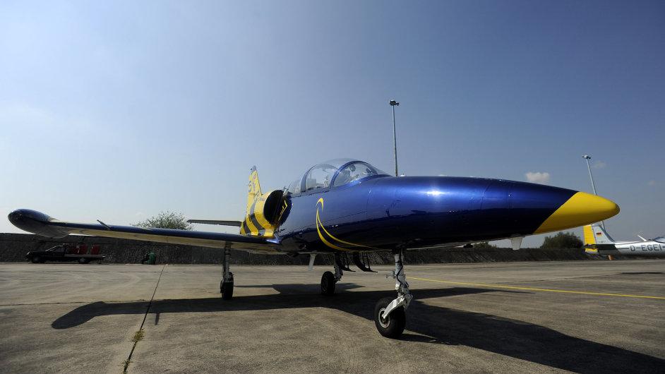 Podzvukový bitevník L-39C Albatros je jako jediný z předváděných stíhacích letadel české výroby.
